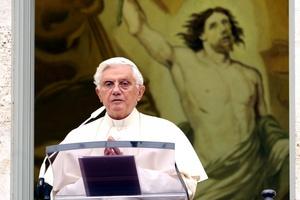 El Papa Benedicto XVI expresó tragedia  en el 'Loveparade' de la ciudad alemana de Duisburgo.