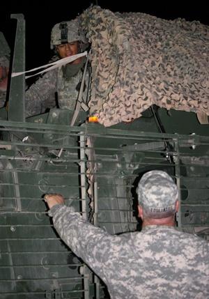Así que la cifra de soldados estadounidenses muertos en Irak al menos 4,415 según el Pentágono hasta el miércoles podría no ser todavía la definitiva.
