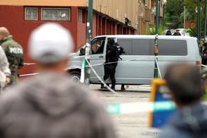 El agresor, utilizó una arma automática y sembró el pánico entre los vecinos del barrio residencial situado en el oeste de la capital.