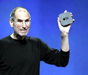 La otra gran novedad de la presentación de Jobs fue la esperada llegada de la nueva Apple TV, también conocida como iTV, el receptor digital multimedia lanzado por la compañía en 2006 como un hobby en palabras del consejero delegado.