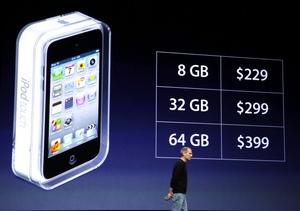 El iPod Touch, será más fino que el anterior e incorporará las prestaciones del iPhone 4, entre ellas una pantalla con mayor definición, cámara frontal y una aplicación para juegos en red, y saldrá al mercado por 229 dólares para su versión de 8GB.