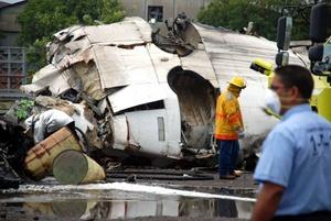 33 sobrevivientes fueron enviados a centros hospitalarios de la región.
