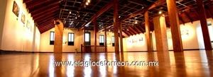 En el segundo piso del recinto está la sala de exposiciones temporales