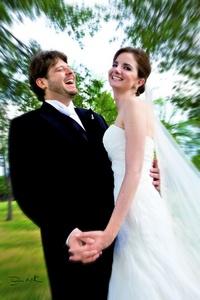 Tania y Antonio el día de su boda en esta ciudad, efectuada el pasado 14 de agosto.- Fotografía de David Lack.  <p> <i>DigitalizARTE Studio</i>