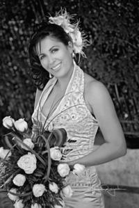 Srita. Angélica Ramírez Jurado el día de su matrimonio civil con el Sr. Roberto Velázquez Jardón. <p> <i>Estudio Laura Grajeda</i>