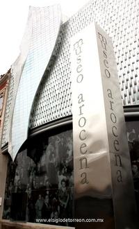 El Museo Arocena abre sus puertas a partir del 27 de agosto del 2007 con la misión de brindar a la comunidad lagunera y a sus visitantes, un moderno recinto museístico orgulloso de mostrar una importante selección de obras artísticas de valor universal, además de interesantes huellas de la historia regional.