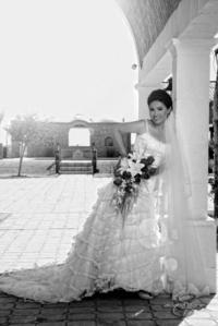 Srita. Adriana Hernández Calzada unió su vida a la del Sr. Javier Dipp Salas. <p> <i>Aldaba & Diane Fotografía</i>