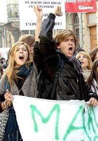 Los estudiantes han logrado doblegar en anteriores protestas al gobierno pero las movilizaciones más recientes han devenido en actos de violencia.