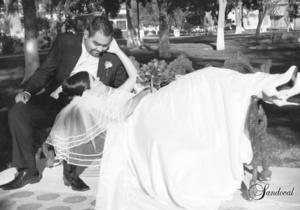 Karla Elizabeth Escobar Domínguez el día que unió su vida a la de Saúl Roberto Gutiérrez Macías. <p> <i>Sandoval Fotografía</i>