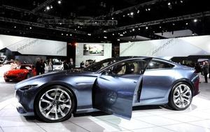 Los fabricantes de vehículos han recuperado el optimismo en el Salón del Automóvil de Los Ángeles, que  abrió sus puertas a los medios de comunicación, tras casi dos años dominados por los sobresaltos y las malas noticias.