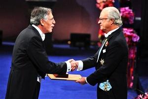Peter Diamond recibió el Premio Nobel en Economía.