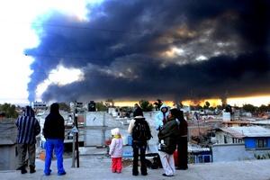 Adelantó que hasta ahora han sido identificados 24 cadáveres. Además, 52 personas permanecen heridas y 32 casas son pérdida total.