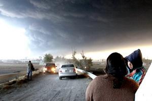 Una explosión de ductos de Petróleos Mexicanos (Pemex) en San Martín Texmelucan, Puebla, dejó hasta el cierre de esta edición 28 personas muertas.