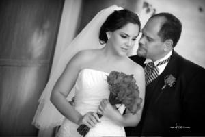 Srita. Patricia Alejandra Aréstegui Campos el día que unió su vida a la del Sr. Carlos Valdez Sahab.-  <p> <i> Maqueda Fotografía</i>