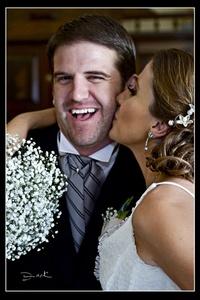 Eliane y Jimmy el día de su boda en Parras de la Fuente. Ellos son miembros de apreciables familias de Torreón y Guadalajara.- <p> <i>rFotografía de David Lack. DigitalizARTE Studio</i>