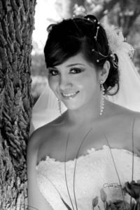 Srita. Cristina Saldaña Mena y Sr. Alan Silva Rivera el día que unieron sus vidas en el Sacramento del Matrimonio.-   <p> <i>Videosecuencia creativa Gerardo Rivas</i>