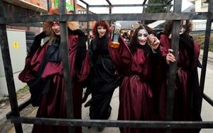 Habitantes de Vevcani aseguran que el carnaval es para ellos la cosa más importante, aunque nadie sabe con exactitud por qué se celebra en el día de San Basilio.