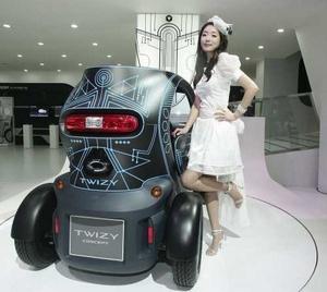 coche eléctrico biplaza Twizy, de Renault.