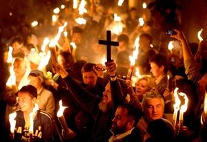 En Tierra Santa están representadas más de una decena de iglesias cristianas y cada cual con sus ritos confiere a la Semana Santa un sentido especial y multicolor.