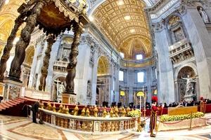 Fue la beatificación más rápida de que se tenga conocimiento, apenas seis años después de la muerte de Juan Pablo.