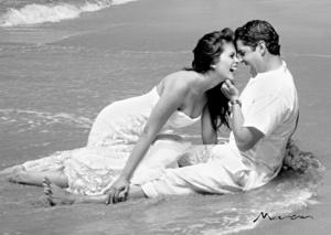 El día de su boda Mónica Luna Arellano y Francisco Aguilera Ledesma. <p> <i>Estudio Morán </i>