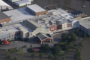 El río alcanzó en Memphis, Tennessee, 14.5 metros de profundidad, muy por encima del nivel de inundaciones.