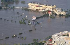 La crecida del río Misisipi en EU alcanzó su punto más alto hoy por lo que la alerta de inundaciones mayores en las próximas 48 horas continúa en varias ciudades de los estados de Tennessee, Arkansas y Missouri.