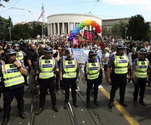 Un fuerte dispositivo de seguridad resguardó la seguridad de los participantes en la marcha.