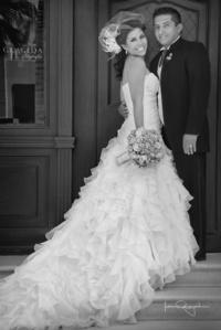 Rosa Gabriela Morán Olague y Sr. Iván Raysola Rodríguez el día de su boda. <p> <i>Estudio Laura Grageda</i>