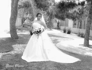 María Elena Rangel Méndez captada el día de su boda con Francisco Alejandro Sánchez Antúnez. <p> <i>Gustavo Borroel Fotografía</i>