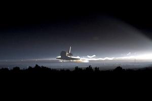 Con la misión del Atlantis, la NASA da por concluido el programa de los transbordadores espaciales tras treinta años de servicio.