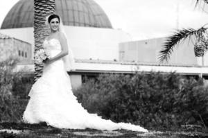 Karla Montes Herrera, captada el día de su unión con Sr. Martín Lozano Torres. <p> <i>Maqueda Fotografía</i>