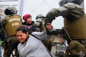 Los dirigentes criticaron la represión contra los estudiantes secundarios.