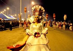 En el Carnaval participan distintas compañías danzarías.