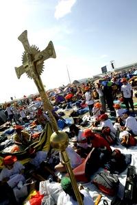 Los organizadores han declinado dar cifras sobre el número de participantes, aunque en las actividades de los últimos dos días se superaron las 500 mil personas en los actos de las JMJ.