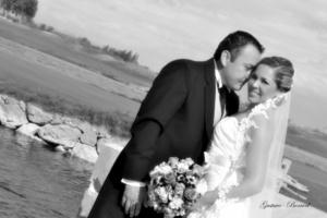 El día de su boda, Mónica Holguín Martínez y Rodolfo Raúl  Ramírez Fernández.-<p> <i> Gustavo Borroel Fotografía</i>