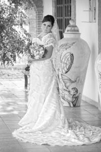 Hilda Guadalupe Barboza Moreno el día que contrajo matrimonio con el Sr. Rolando Rodríguez Ramírez. <p> <i>Estudio Sepúlveda</i>