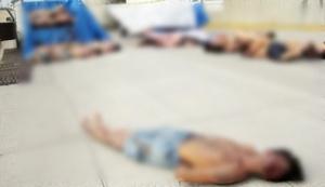 La autoridad analiza la cinta de una cámara que captó el momento en que fueron arrojados 35 cadáveres a la vía pública.