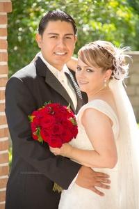 Héctor disfrutando el día que decidieron unir sus vidas en matrimonio.- <p> <i>Sepúlveda Fotografía</i>