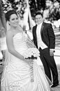 El día de su boda, Lic. Karla Patricia Rivera Rivas e Ing. Francisco Gallegos de León. <p> <i>Maqueda Fotografía</i>