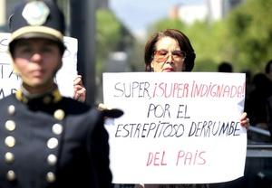 En la Ciudad de México la protesta congregó a cientos de personas en el Ángel de la Independencia y se centró en exigir un cambio en la estrategia de seguridad.