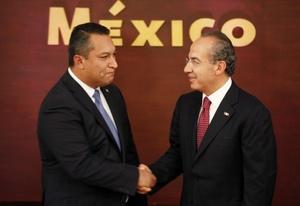 Blake Mora era el hombre clave del presidente Felipe Calderón en la lucha total que libran las fuerzas armadas y la policía para acabar con el tráfico de droga.