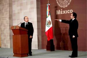 Alejandro Poiré tomó protesta como nuevo secretario de Gobernación, ante el presidente Felipe Calderón.