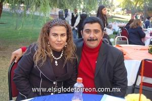 04122011 VERóNICA  y José.