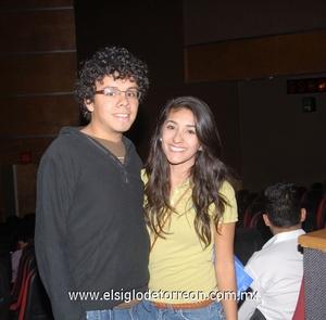 07122011 ENRIQUE  Espino Leal y Yosselin Medina Cortázar.