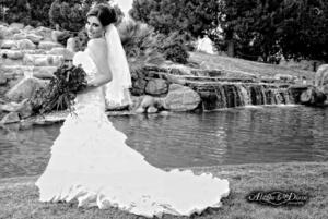 Srita. Mary Carmen Valdez Córdova unió su vida en matrimonio a la del Sr. Mario Alberto Robles Castillo. <p> <i>Aldaba & Diane Fotografía</i>
