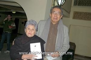 13122011 CARMEN  Salazar y Alejandro Cardona.