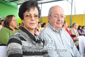 13122011 OLGA  y Joaquín Echávez.