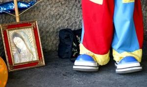 Los alrededores de la Basílica de Guadalupe se llenaron de color.