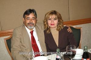 19122011 BEATRIZ  y Jesús Valdemar.